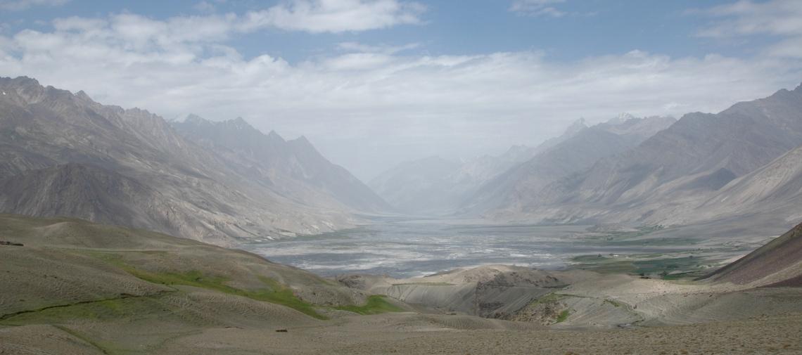 valle del wakhan lungo l'antica via della seta che porta in