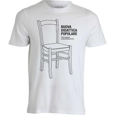 Una delle maglietta della prima edizione di Nuova Didattica Popolare, GAP 2013