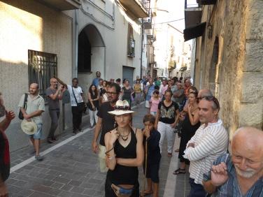Avanzi, inaugurazione, GuilmiArtProject 2015 © Andras Calamndrei