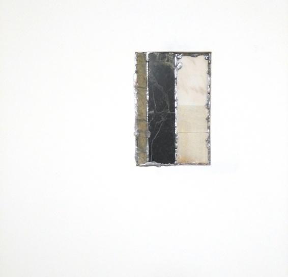 Fabrizio Prevedello, Colore (202), 2017, marmo, onice, piombo, cm 30,5x20x2,5