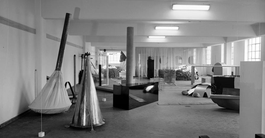 Deposito-DArte-Presente-DDP-1967–68-Foto-Paolo-Bressano-Courtesy-Archivio-Pistoletto-Biella